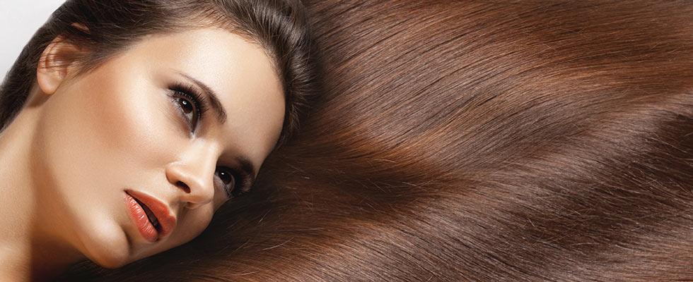 Sechs geniale Tricks für glänzendes Haar